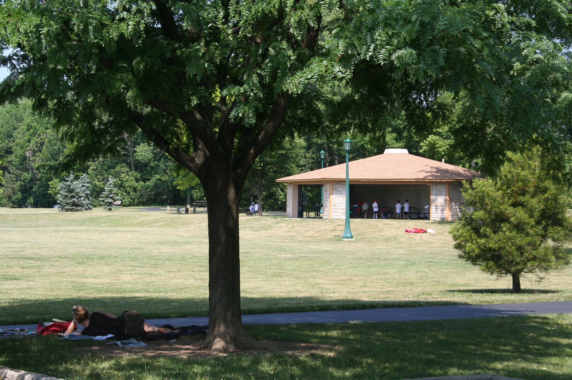 Thompson Park Shelter